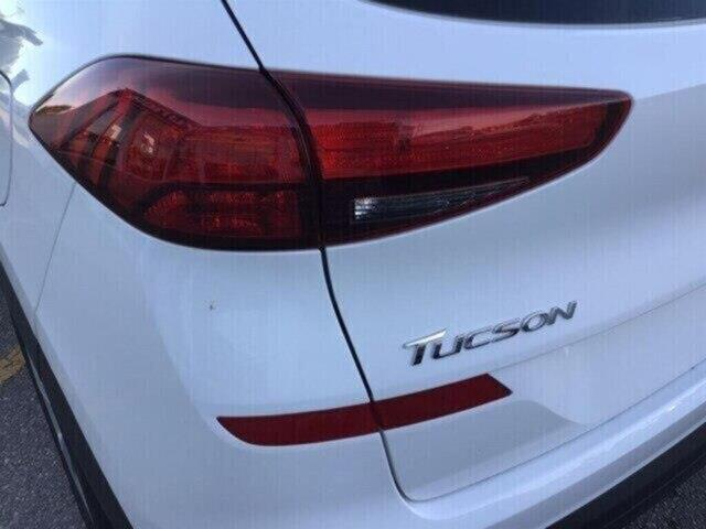 2019 Hyundai Tucson Essential w/Safety Package (Stk: H11894) in Peterborough - Image 8 of 16