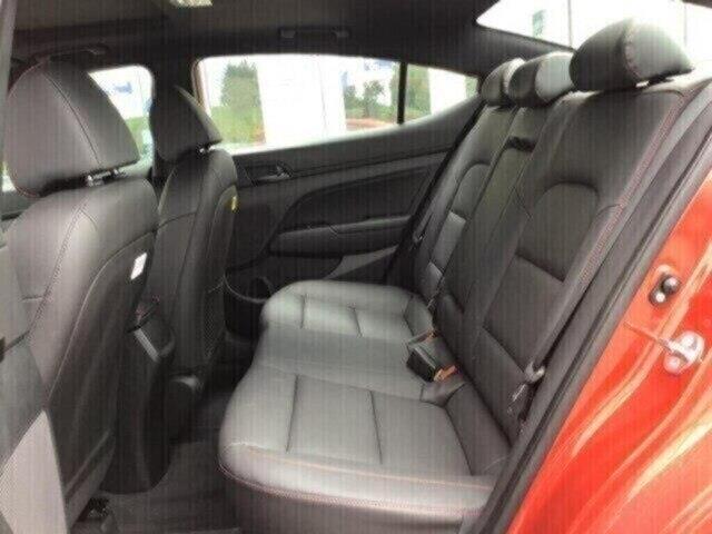 2019 Hyundai Elantra Sport (Stk: H12130) in Peterborough - Image 12 of 17