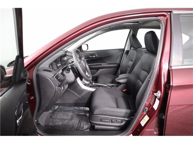 2015 Honda Accord Sport (Stk: 219352A) in Huntsville - Image 19 of 34