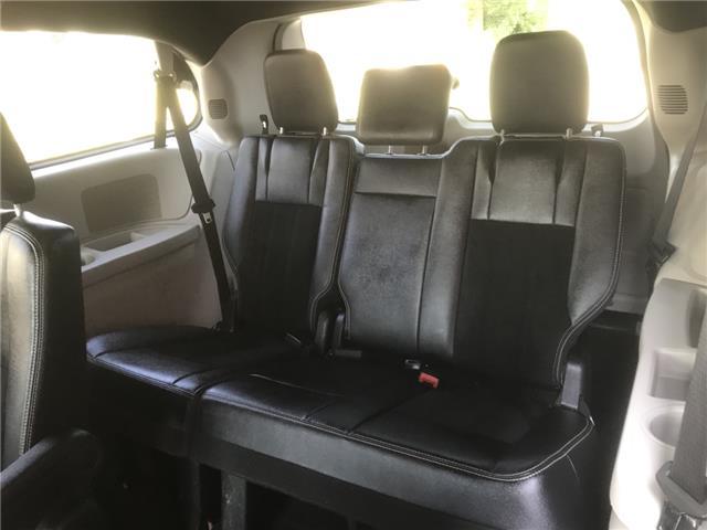 2014 Dodge Grand Caravan SE/SXT (Stk: 19686) in Chatham - Image 17 of 19