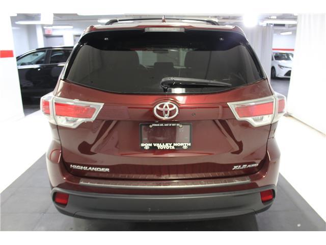2016 Toyota Highlander XLE (Stk: 298652S) in Markham - Image 22 of 27