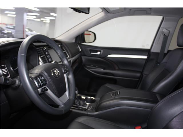 2016 Toyota Highlander XLE (Stk: 298652S) in Markham - Image 7 of 27