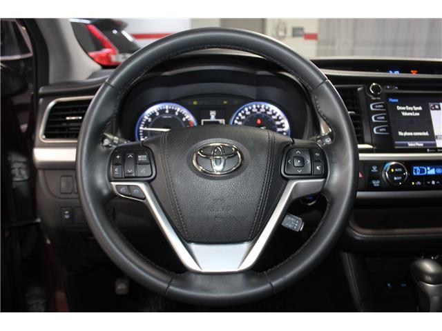 2016 Toyota Highlander XLE (Stk: 298652S) in Markham - Image 11 of 27