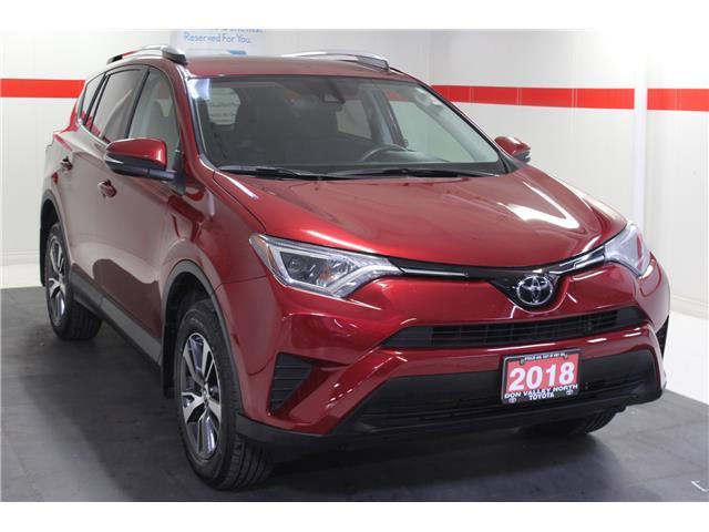 2018 Toyota RAV4 LE (Stk: 298693S) in Markham - Image 2 of 24