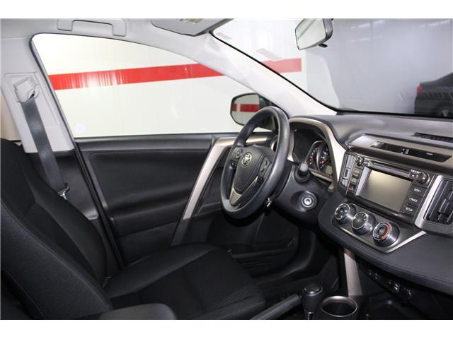 2015 Toyota RAV4 LE (Stk: 298674S) in Markham - Image 15 of 24