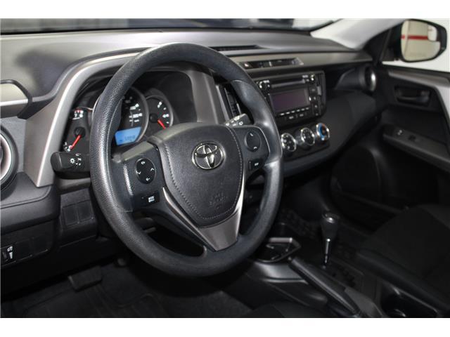 2016 Toyota RAV4 LE (Stk: 298625S) in Markham - Image 8 of 24