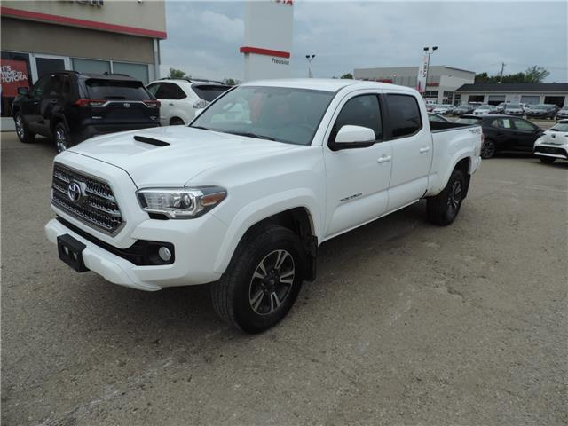 2016 Toyota Tacoma SR5 (Stk: 183741) in Brandon - Image 2 of 8