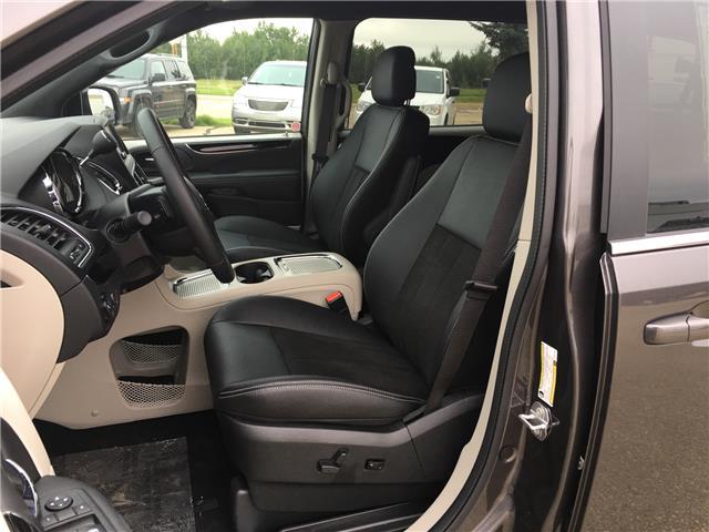 2019 Dodge Grand Caravan 29P SXT Premium Plus (Stk: 19GC4288) in Devon - Image 10 of 13