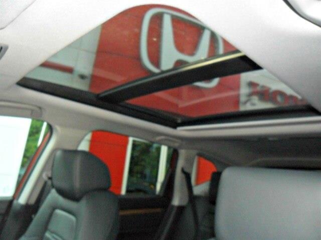 2019 Honda CR-V Touring (Stk: 10538) in Brockville - Image 4 of 23