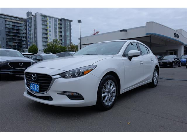 2018 Mazda Mazda3 Sport GS (Stk: 7928A) in Victoria - Image 1 of 20