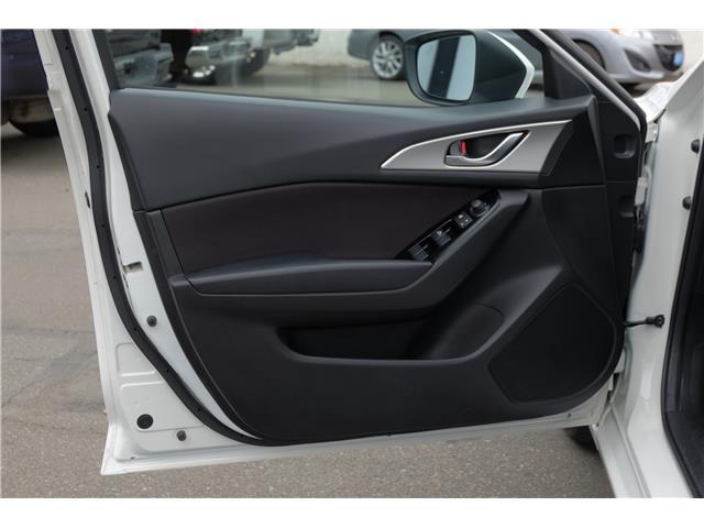 2018 Mazda Mazda3 Sport GS (Stk: 7932A) in Victoria - Image 10 of 21