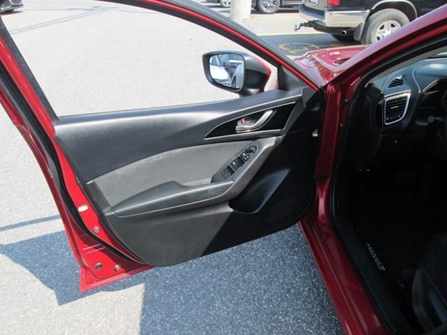 2015 Mazda Mazda3 Sport GS (Stk: 205241) in Gloucester - Image 15 of 20
