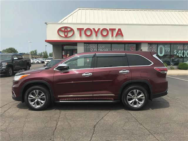 2015 Toyota Highlander LE (Stk: P0055440) in Cambridge - Image 1 of 15