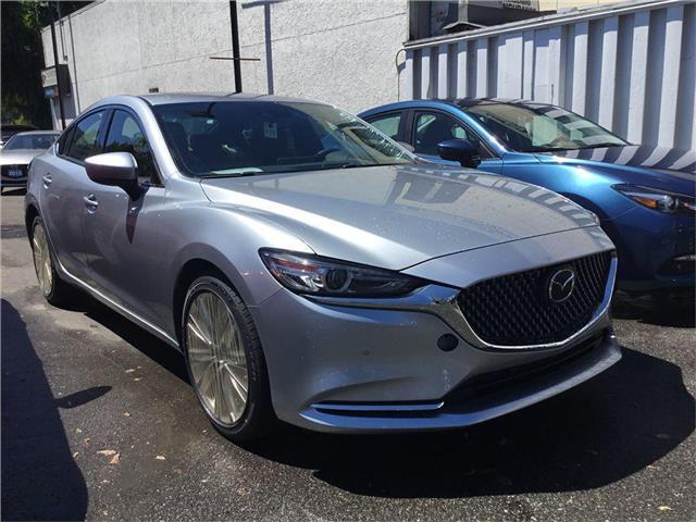 2018 Mazda MAZDA6 Signature (Stk: 304046) in Victoria - Image 1 of 30