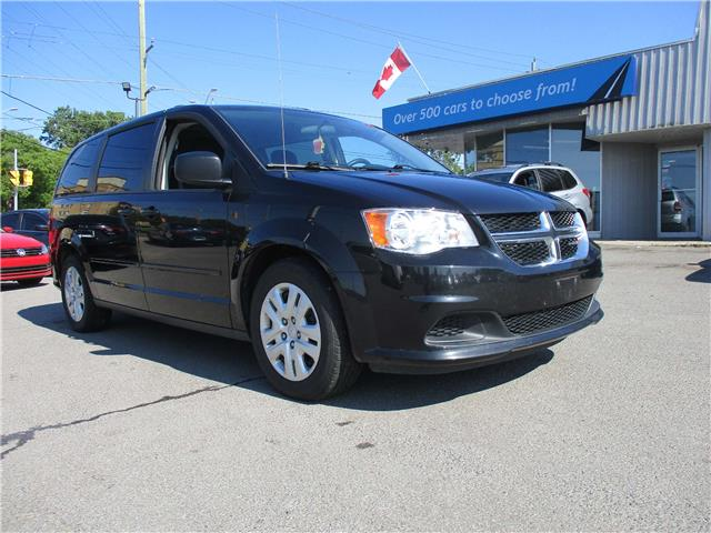 2016 Dodge Grand Caravan SE/SXT (Stk: 190993) in Kingston - Image 1 of 13