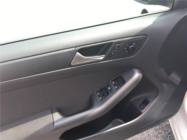 2011 Volkswagen Jetta 2.0L Comfortline (Stk: 5886V) in Oakville - Image 11 of 26