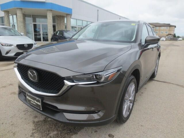2019 Mazda CX-5 GT (Stk: M19146) in Steinbach - Image 1 of 34