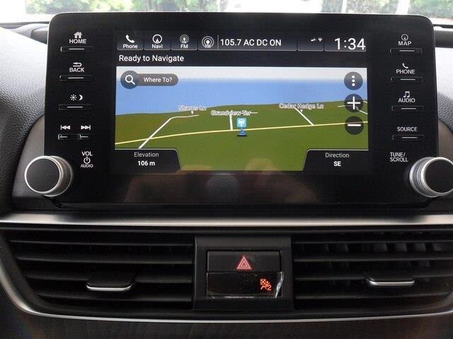 2019 Honda Accord Touring 2.0T (Stk: 10352) in Brockville - Image 2 of 23