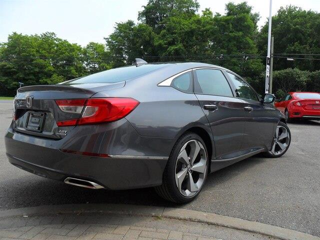 2019 Honda Accord Touring 2.0T (Stk: 10352) in Brockville - Image 7 of 23