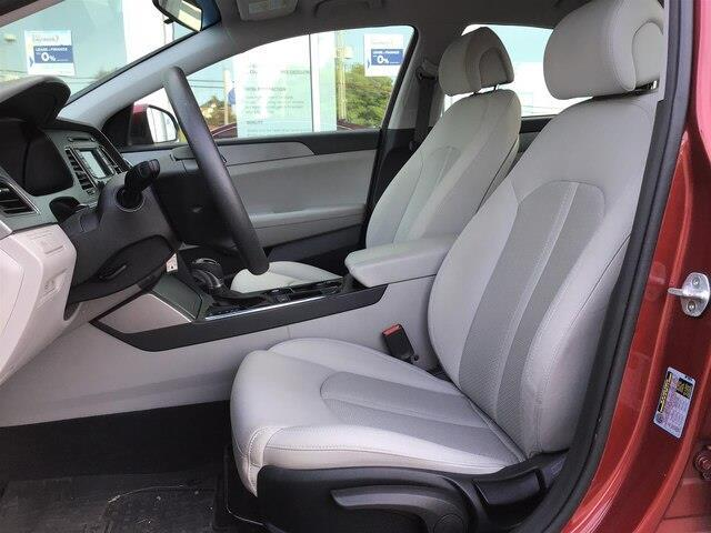 2015 Hyundai Sonata GL (Stk: H12098A) in Peterborough - Image 8 of 15
