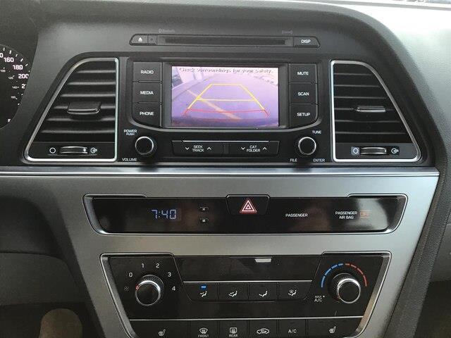 2015 Hyundai Sonata GL (Stk: H12098A) in Peterborough - Image 11 of 15