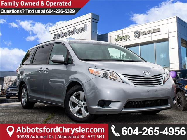 2016 Toyota Sienna LE 8 Passenger (Stk: AG0520) in Abbotsford - Image 1 of 27