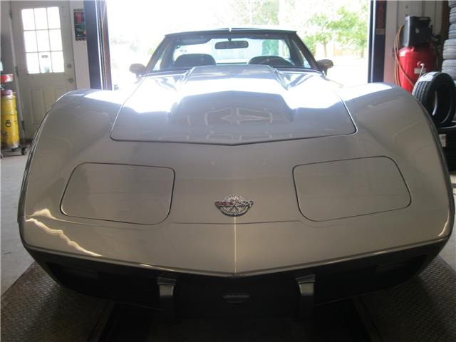 1978 Chevrolet Corvette Two Tone Silver (Stk: 15002B) in Stratford - Image 2 of 9