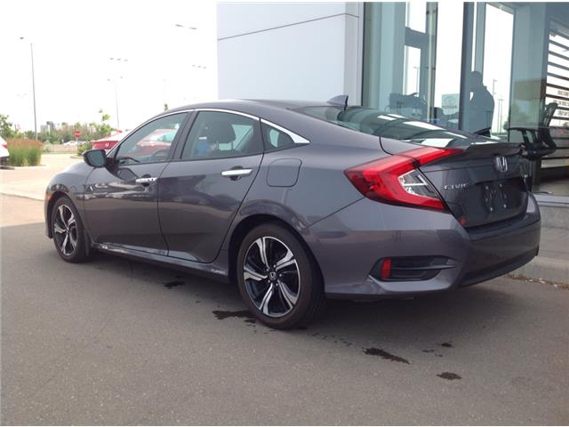 2016 Honda Civic Touring (Stk: I190220A) in Mississauga - Image 2 of 15