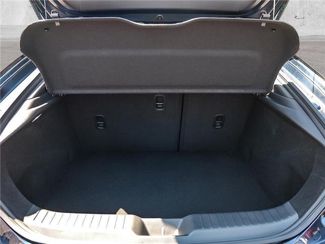 2019 Mazda Mazda3 Sport GX (Stk: 147593) in Victoria - Image 7 of 23