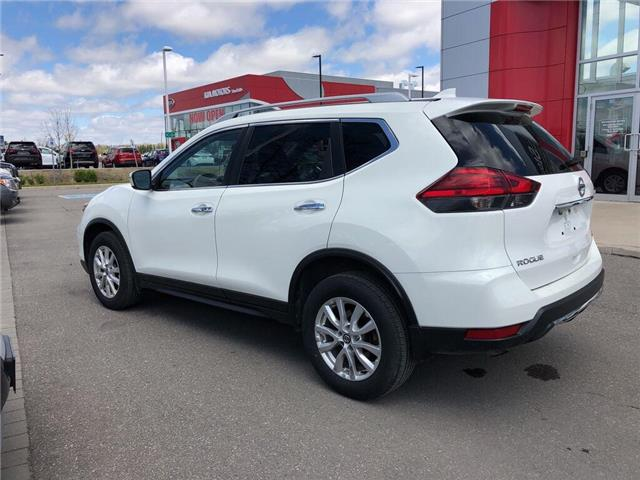 2017 Nissan Rogue SV (Stk: SU0733) in Stouffville - Image 2 of 22