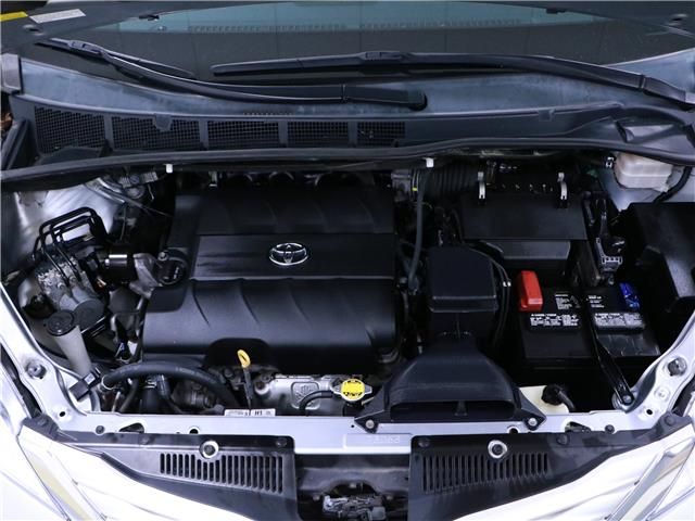 2014 Toyota Sienna XLE 7 Passenger (Stk: 195652) in Kitchener - Image 31 of 34