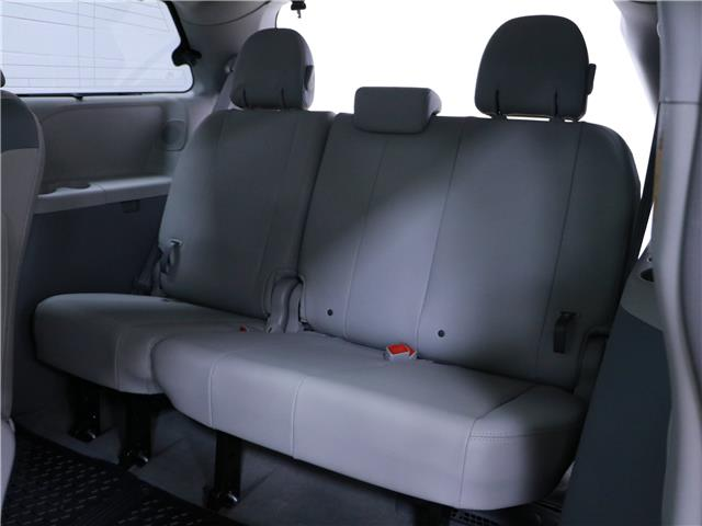 2014 Toyota Sienna XLE 7 Passenger (Stk: 195652) in Kitchener - Image 20 of 34