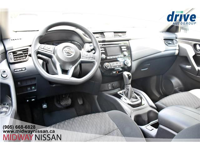 2017 Nissan Rogue SV (Stk: KC822928A) in Whitby - Image 2 of 34