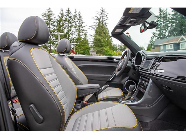 2019 Volkswagen Beetle 2.0 TSI Dune (Stk: KB500067) in Vancouver - Image 17 of 30
