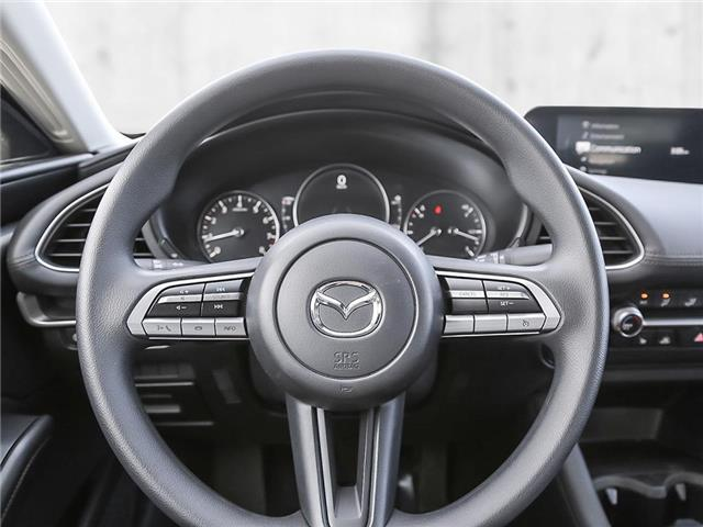 2019 Mazda Mazda3 GX (Stk: 110902) in Victoria - Image 13 of 23