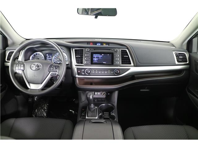 2019 Toyota Highlander LE (Stk: 292275) in Markham - Image 10 of 19