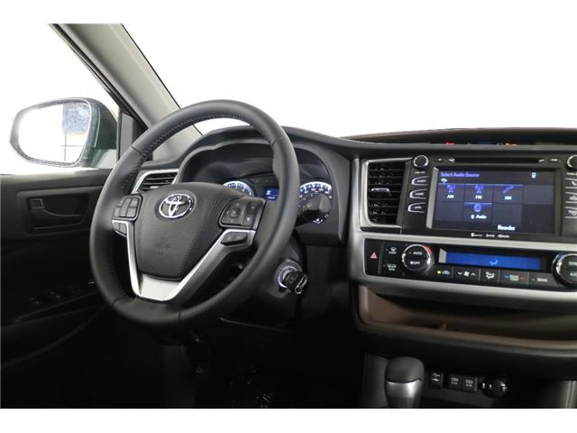 2019 Toyota Highlander LE (Stk: 293369) in Markham - Image 13 of 23