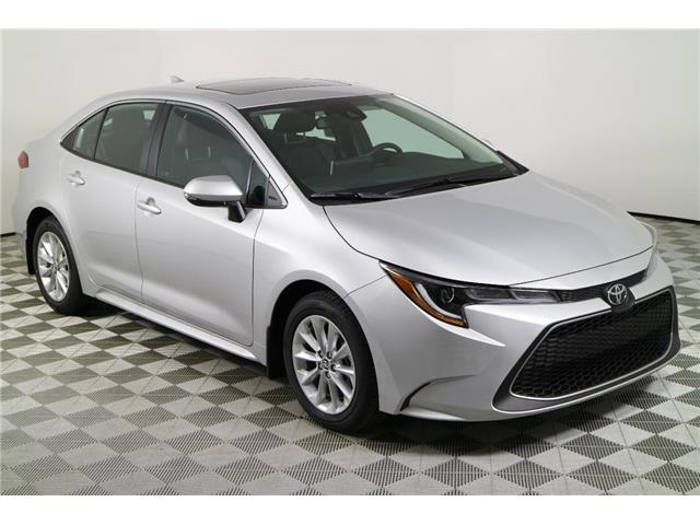 2020 Toyota Corolla XLE (Stk: 293353) in Markham - Image 1 of 27