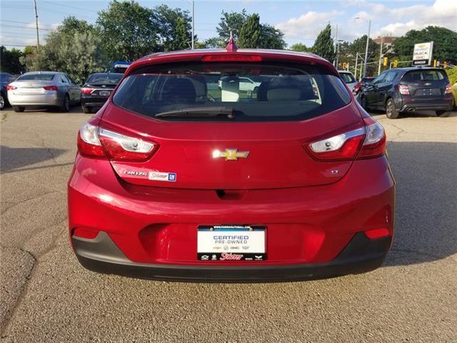 2017 Chevrolet Cruze Hatch LT Auto (Stk: 590710) in Kitchener - Image 4 of 7