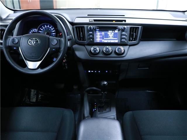 2016 Toyota RAV4 LE (Stk: 195657) in Kitchener - Image 5 of 31