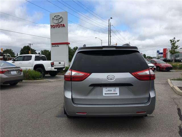 2018 Toyota Sienna 7-Passenger (Stk: P1870) in Whitchurch-Stouffville - Image 5 of 14