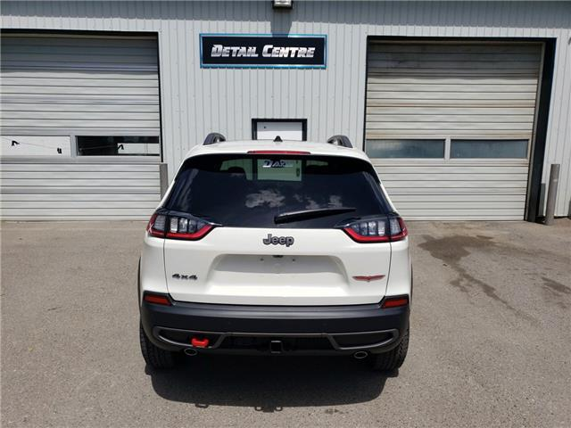 2019 Jeep Cherokee Trailhawk (Stk: 15484) in Fort Macleod - Image 5 of 20