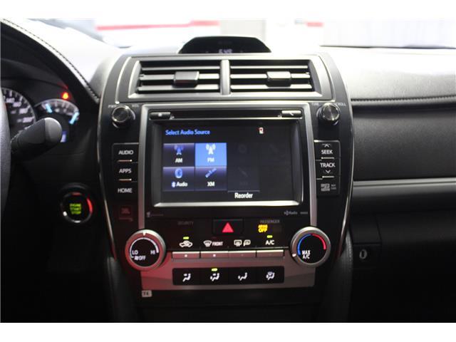 2014 Toyota Camry SE V6 (Stk: 298605S) in Markham - Image 14 of 27