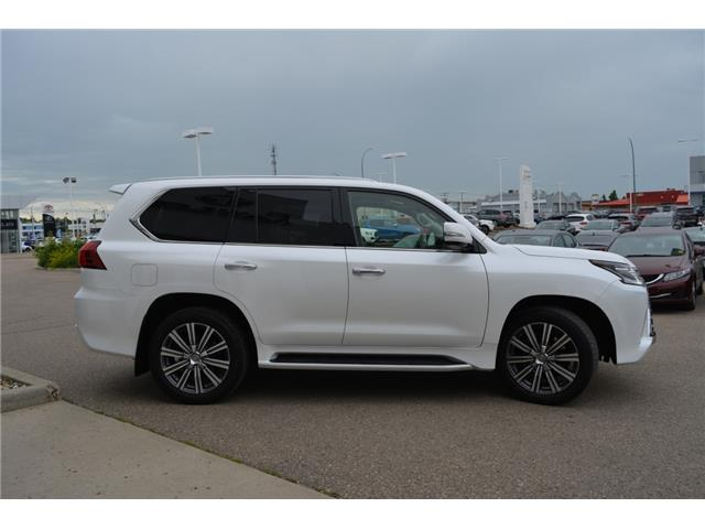 2017 Lexus LX 570 Base (Stk: F170770) in Regina - Image 11 of 50
