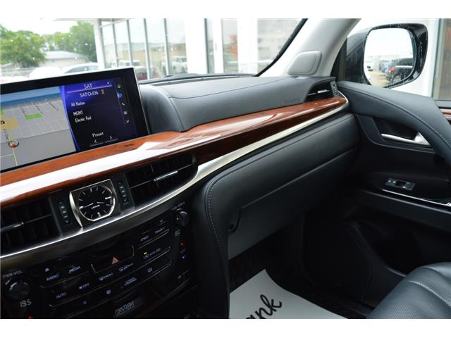 2017 Lexus LX 570 Base (Stk: F170770) in Regina - Image 36 of 50