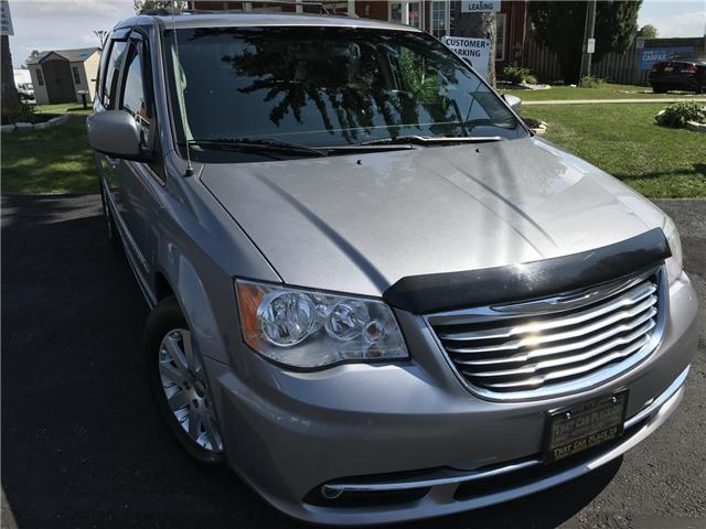 2014 Chrysler Town & Country Touring (Stk: 5322) in London - Image 1 of 28