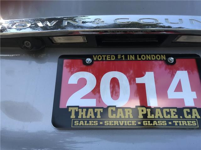 2014 Chrysler Town & Country Touring (Stk: 5322) in London - Image 6 of 28