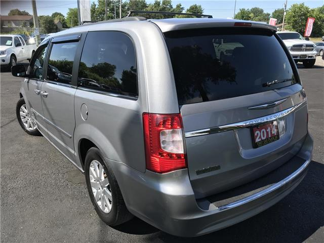 2014 Chrysler Town & Country Touring (Stk: 5322) in London - Image 4 of 28