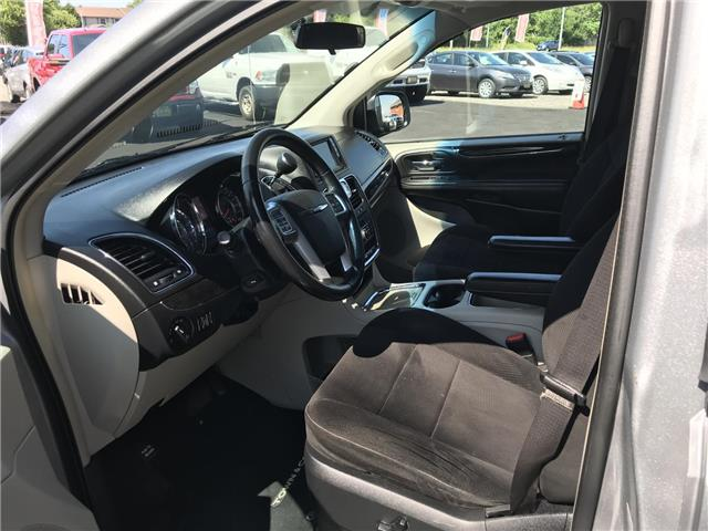 2014 Chrysler Town & Country Touring (Stk: 5322) in London - Image 10 of 28
