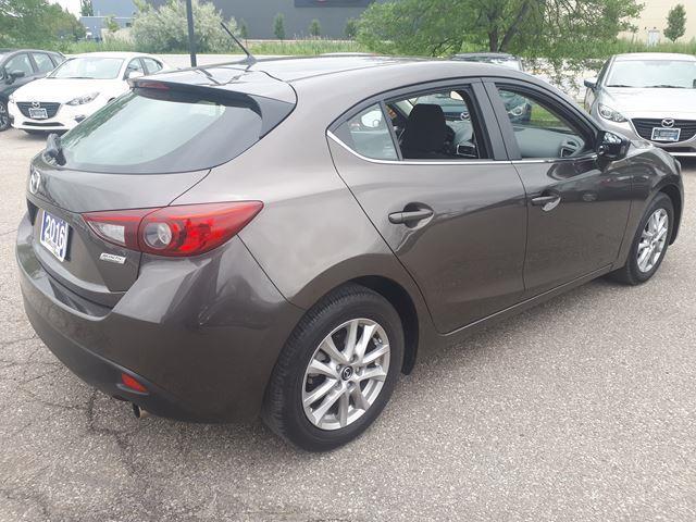 2016 Mazda Mazda3 Sport GS (Stk: P5925) in Milton - Image 4 of 11